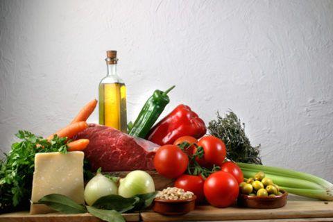 Питание должно быть сбалансированным и содержать все необходимые витамины и микроэлементы