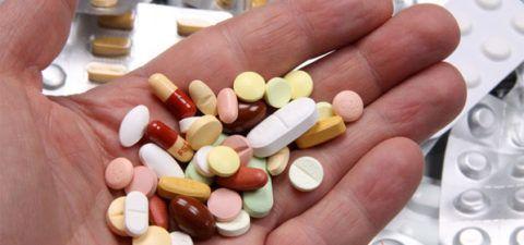 При гипертонии рекомендуется принимать лекарства, понижающие АД