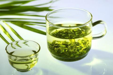 Некрепкий листовой зелёный чай – напиток №1 при заболеваниях сердца и сосудов