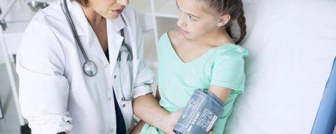При подозрении на развитие АЛГ у детей необходимо незамедлительно обратиться к специалисту за полноценным диагностированием патологии.