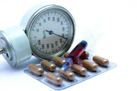 Самый распространенный способ лечения — фармакологические препараты