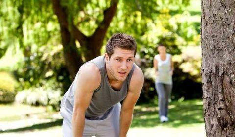 Спорт может спровоцировать приступ, а минимальная нагрузка улучшит состояние