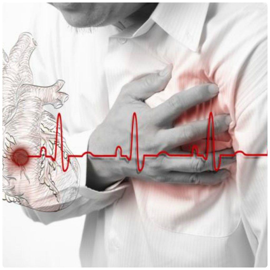 Причин для появления болевых ощущений в груди достаточно много