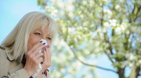 Если аллергия провоцирует одышку, то лечить нужно именно эту реакцию