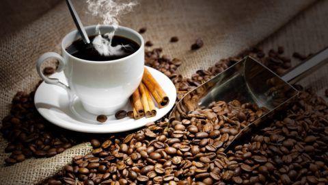 При тахиаритмии кофе противопоказан, а при брадиаритмии - полезен