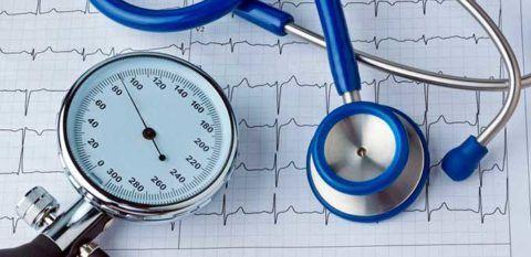 Пульс нужно измерять вместе с давлением