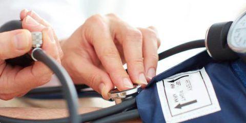 Падение артериального давления при обмороке
