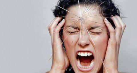 ЦНС и сердечно-сосудистая система тесно связаны, поэтому стрессовая ситуация сказывается на работе сердца.