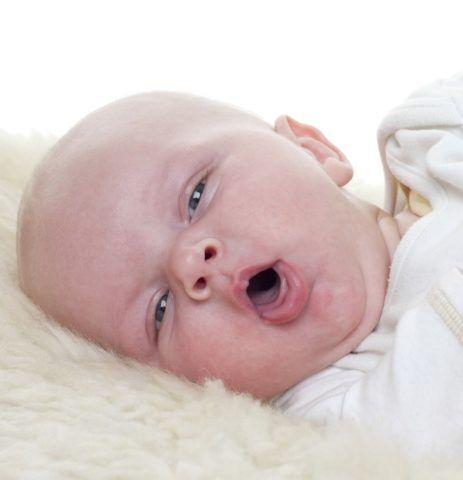 У новорожденных детей одышка обычно связана с недоношенностью