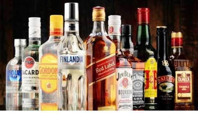 Алкогольные напитки повышает артериальное давление.