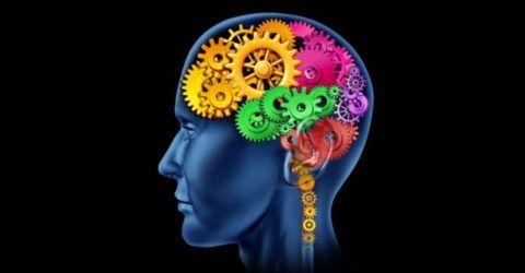 Сбой в работе головного мозга вызывает стойкое повышение АД.