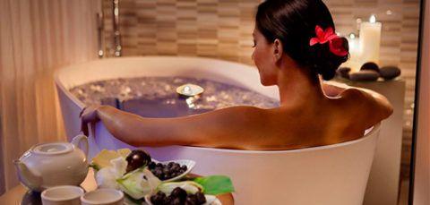 Температура воды в ванне при гипертонии не должна превышать температуру тела.