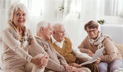 У всех пациентов, вне зависимости от возраста, Рамилонг снижает АД ниже 140/90