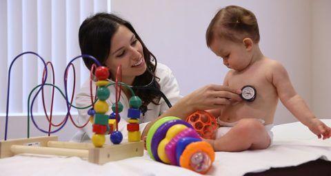 Чаще всего врожденные пороки сердца обнаруживают сразу после рождения