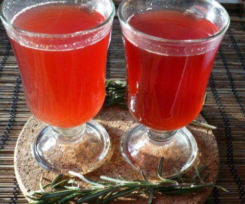 Нектар из боярышника (сок и мед)