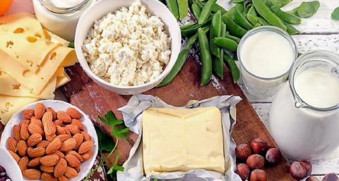Высокое АД может быть следствием питания, в котором нет продуктов, богатых кальцием