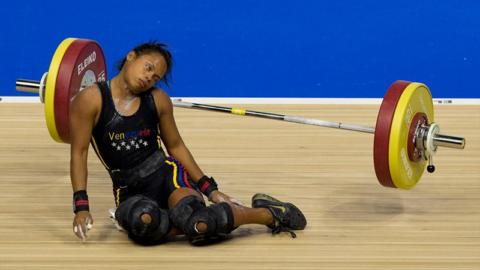 Спортсменка упала в обморок на пике нагрузки, возможно это проявление обструктивной ГКМП