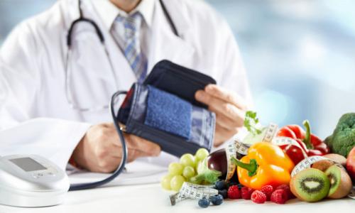 Повышение АД ночью и ранним утром присуще диабетикам с патологией 2 типа, не контролирующих сахар в крови