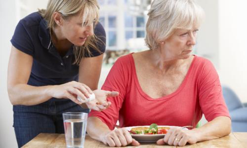 Гипертония неизлечима, держать АД в норме поможет только ежедневный прием лекарств